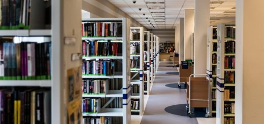 library-488687_1280